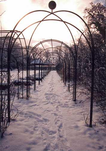 Tunnel in de sneeuw